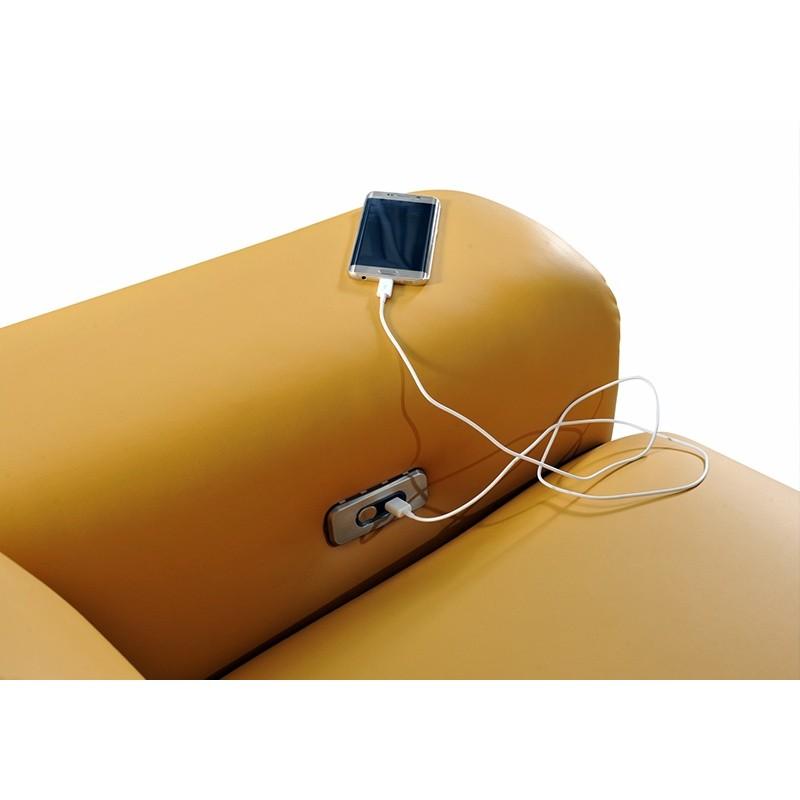elektrické polohování a připojení USB